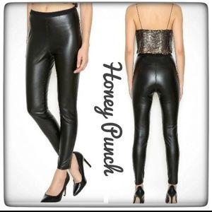 NWT ~ HONEY PUNCH Vegan Leather Black Leggings